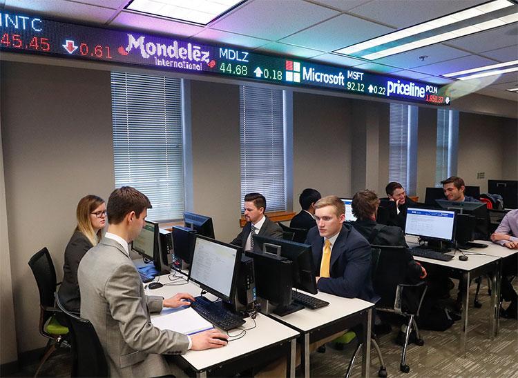 Business Administration Comprehensive Finance Emphasis Unk
