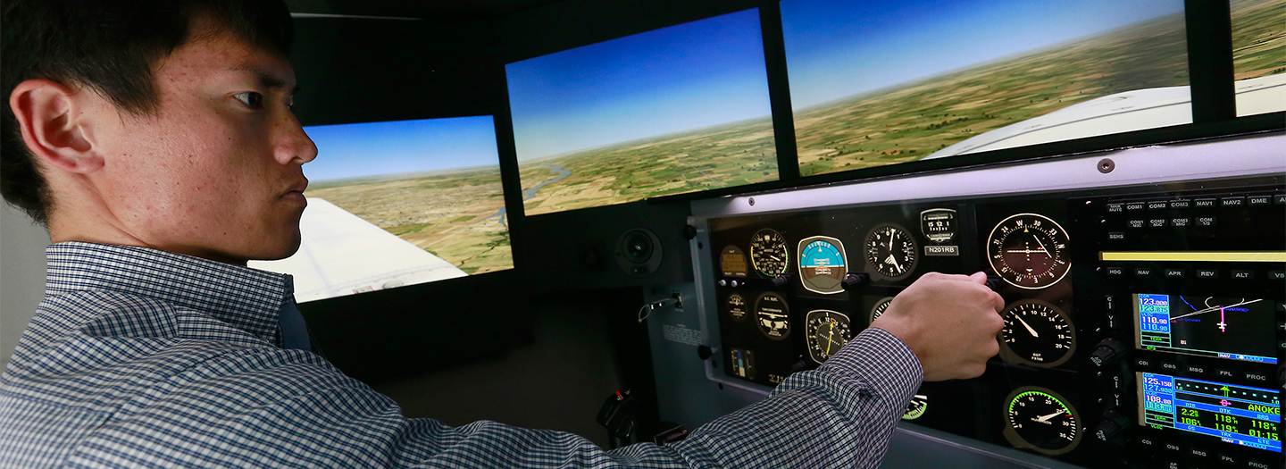 Student in the aviation simulator